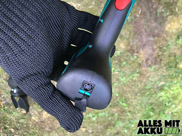 Bosch DIY Akku-Grasschere AGS Anschluss