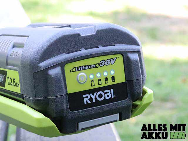 Ryobi 36 V RLT36C3325 Akkustand Anzeige