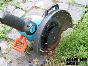 Rasenkanten schneiden - So geht es