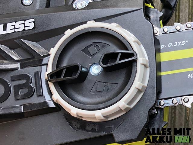 Akku Kettensäge Test Ryobi OCS1830 Drehknauf Spannrad