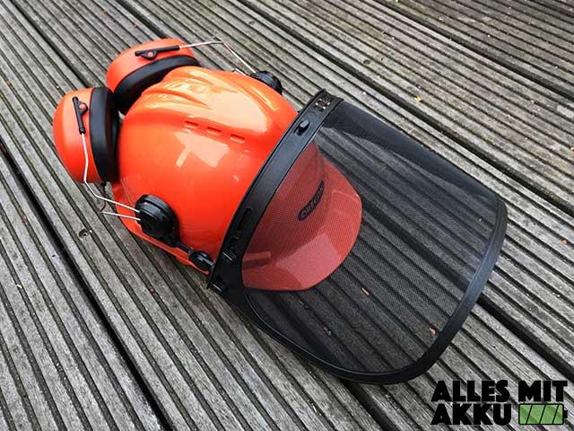 Schutzkleidung für Kettensägen Helm