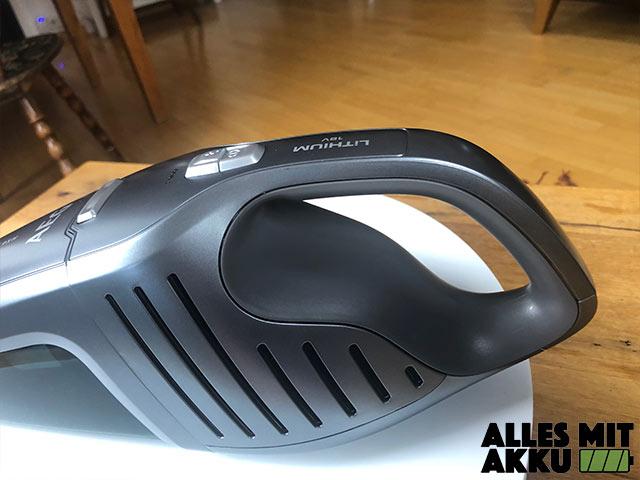 Akku Handstaubsauger Test AEG ECO HX6-35TM Griff