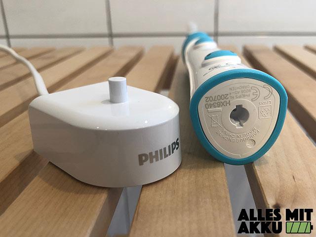 Elektrische Zahnbürste für Kinder Test - Philips Ladestation