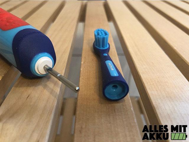 Elektrische Zahnbürste für Kinder Test - Playbrush Smart Sonic - Bürstenkopf wechseln