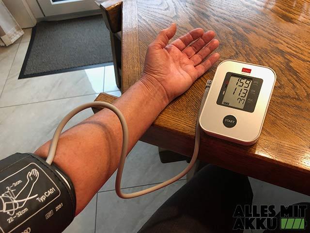 Blutdruck richtig messen - Boso - Arm