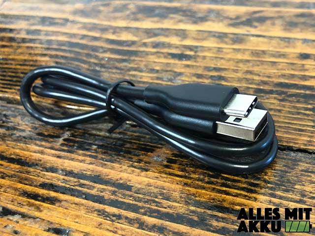 Anker SoundCore Boost Test - USB Ladekabel