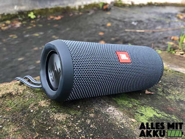 JBL Flip Essentials Test - 2