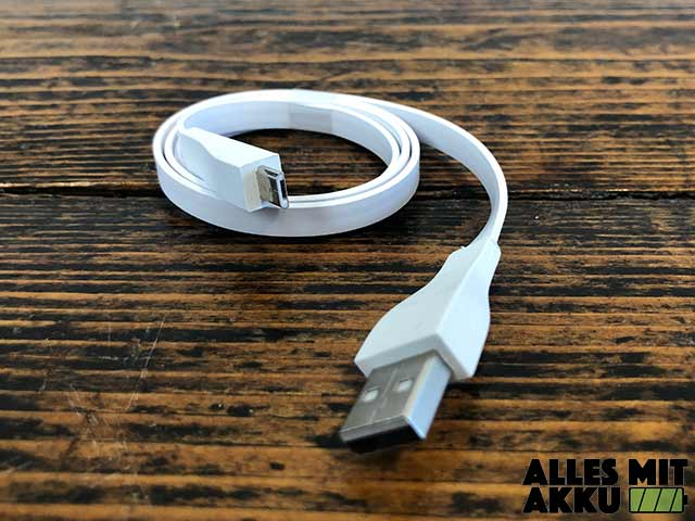 Ultimate Ears Wonderboom 2 Test - USB Ladekabel