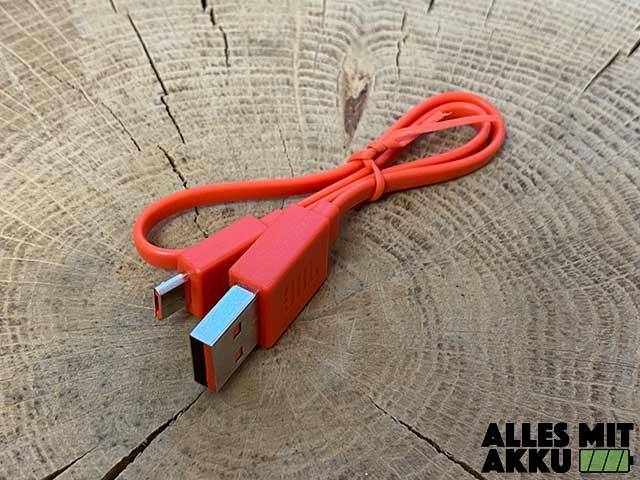 JBL Clip 3 Test - USB Kabel