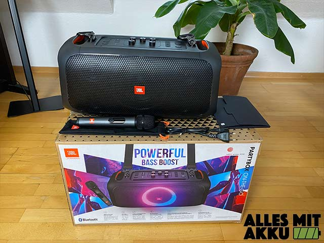 JBL PartyBox On-The-Go Test - Lieferumfang