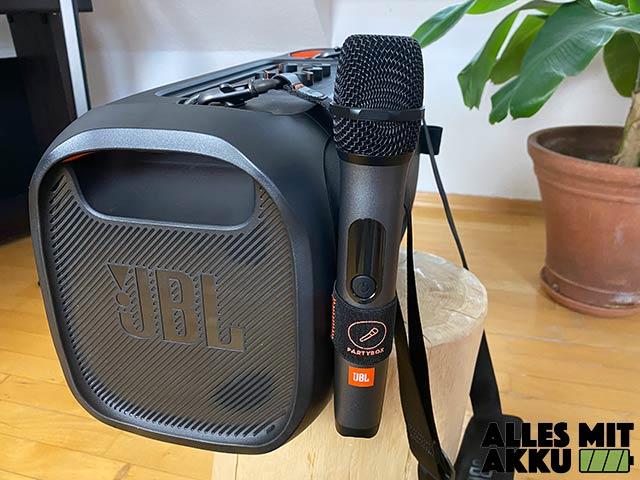 JBL PartyBox On-The-Go Test - Mikrofon