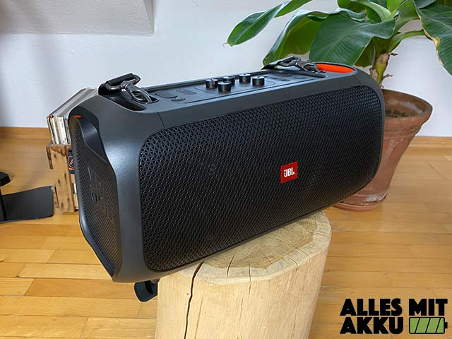 JBL PartyBox On-The-Go Test